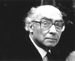 José Saramago en 2005 ©Hannah-Opale